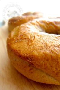 cinnamon & raisin bagels